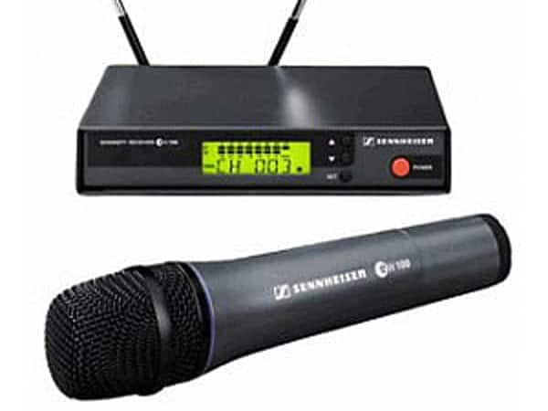 Sennheiser draadloze microfoon + ontvanger huren