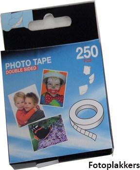 FujiFilm Instax Wide, Fotoplakkers, fototape handig bij Polaroid foto's